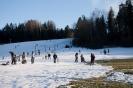 W promieniach słoneczka na nartach